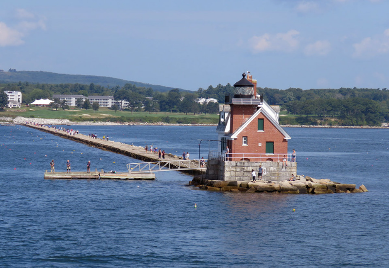 best lighthouses rockland maine - rockland breakwater